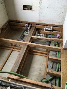 浴室施工中2